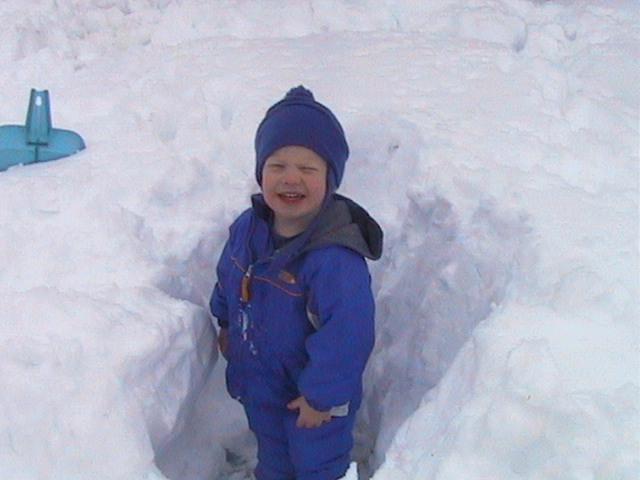 jimmy_snow_3ft.jpg